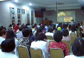 Lecture at the Cipto Mangunkusumo Hospital attached to the University of Indonesia Faculty of Medicine