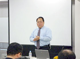 Prof. Canto talks about the learning contract