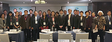 Commemorative photo with participants in the Taipei workshop