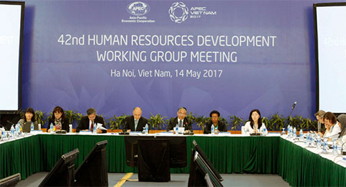 The 42th APEC Human Resources Development Working Group Meeting (Vietnam, Hanoi)